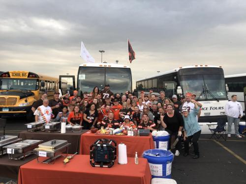 Tailgate Party Group Pic3