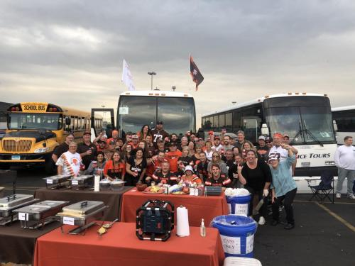 Tailgate Party Group Pic4