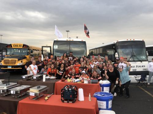 Tailgate Party Group Pic5