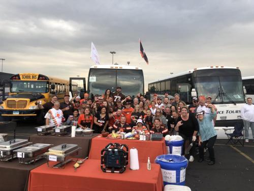 Tailgate Party Group Pic7