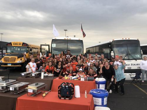 Tailgate Party Group Pic8